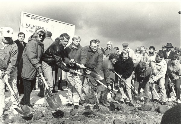 New Valmeyer's groundbreaking ceremony on Dec. 18, 1993, included local politicians, civic leaders, Illinois Governor Jim Edgar, Congressman Jerry Costello and Senator Paul Simon. (Marvin Cortner photo)