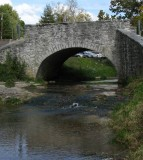 FEAT-Maeystown-old-stone-bridge